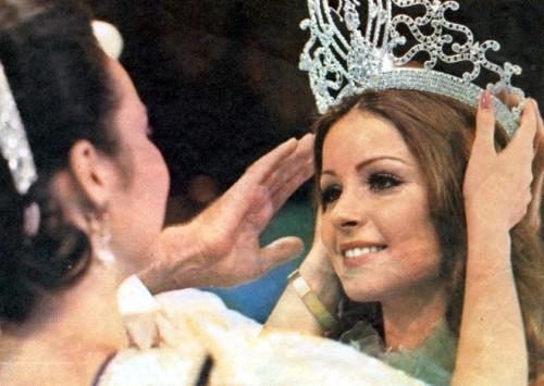 23-1974_spain-_amparo_muoz